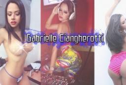 La hermosa y sexy ancla de Desnudando La Noticia, Gabrielle Ciangherotti