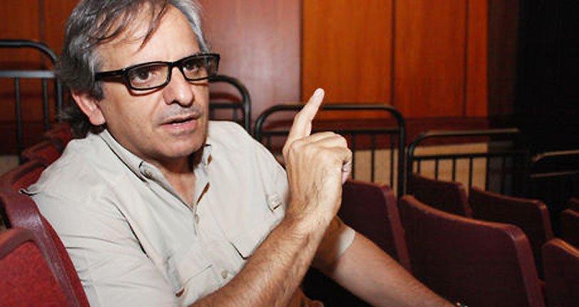 Héctor Manrique dice que Globovisión está silenciado, y deja a las animadoras de Sabado en la Noche en ponchadas,
