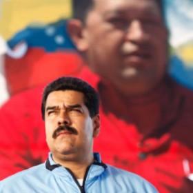 ¡BUEN CHISTE! Maduro anunció que se realizará una película y serie sobre la vida de Hugo Chávez