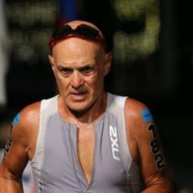 ¡Ejemplo a seguir! Fidel Rotondaro venció el Ironman de Hawaii con 75 años