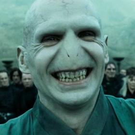 ¿Voldemort podría volver al cine? Ralph Fiennes habla sobre ello