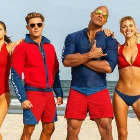 ¡Super Hot!  Sacan un calendario de la película Baywatch