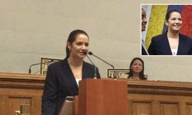 Daniela Alvarado en la Asamblea Nacional
