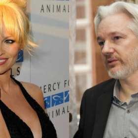 Pamela Anderson escribe una carta de amor a Julian Assange pidiendo su liberación