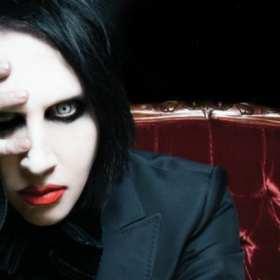 (VIDEO) Marilyn Manson resultó herido  en un concierto en New York