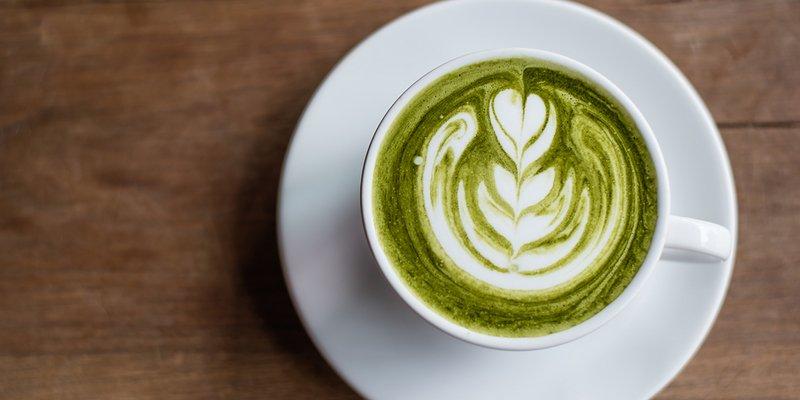 Estudio: el té verde Matcha mata las células madre del cáncer de mama