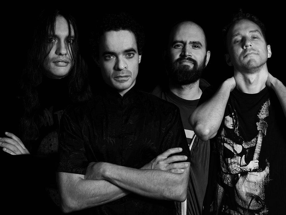 Nueve Noventa banda de rock de Venezuela lanza su primer álbum Eterno Transitorio